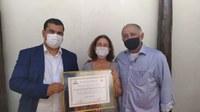 Servidora da Câmara por mais de vinte anos, Diolina Bernardina recebe Título de Honra ao Mérito