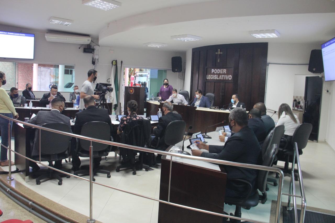 Vereadores de Ituiutaba posicionam contra a municipalização de ensino